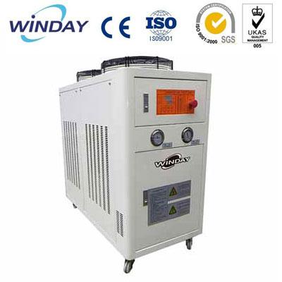 油冷式冷却机